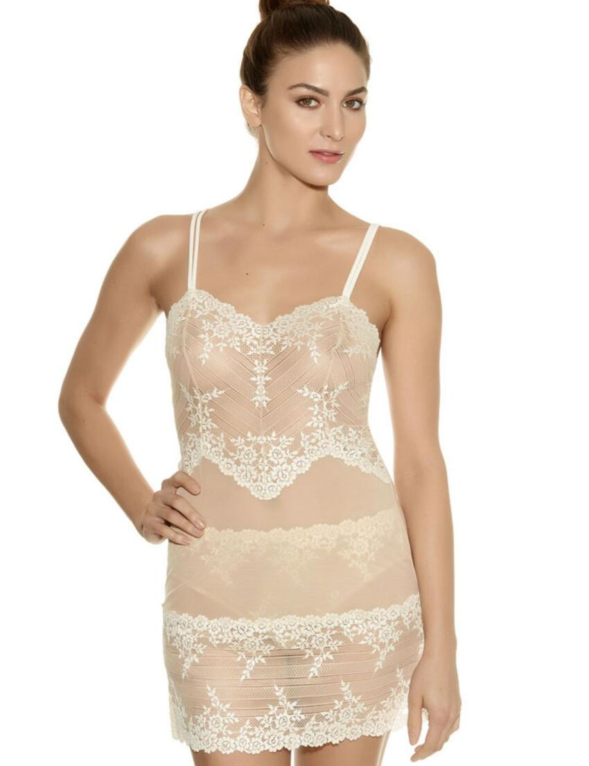 0814191 Wacoal Embrace Lace Chemise - 814191 Naturally Nude