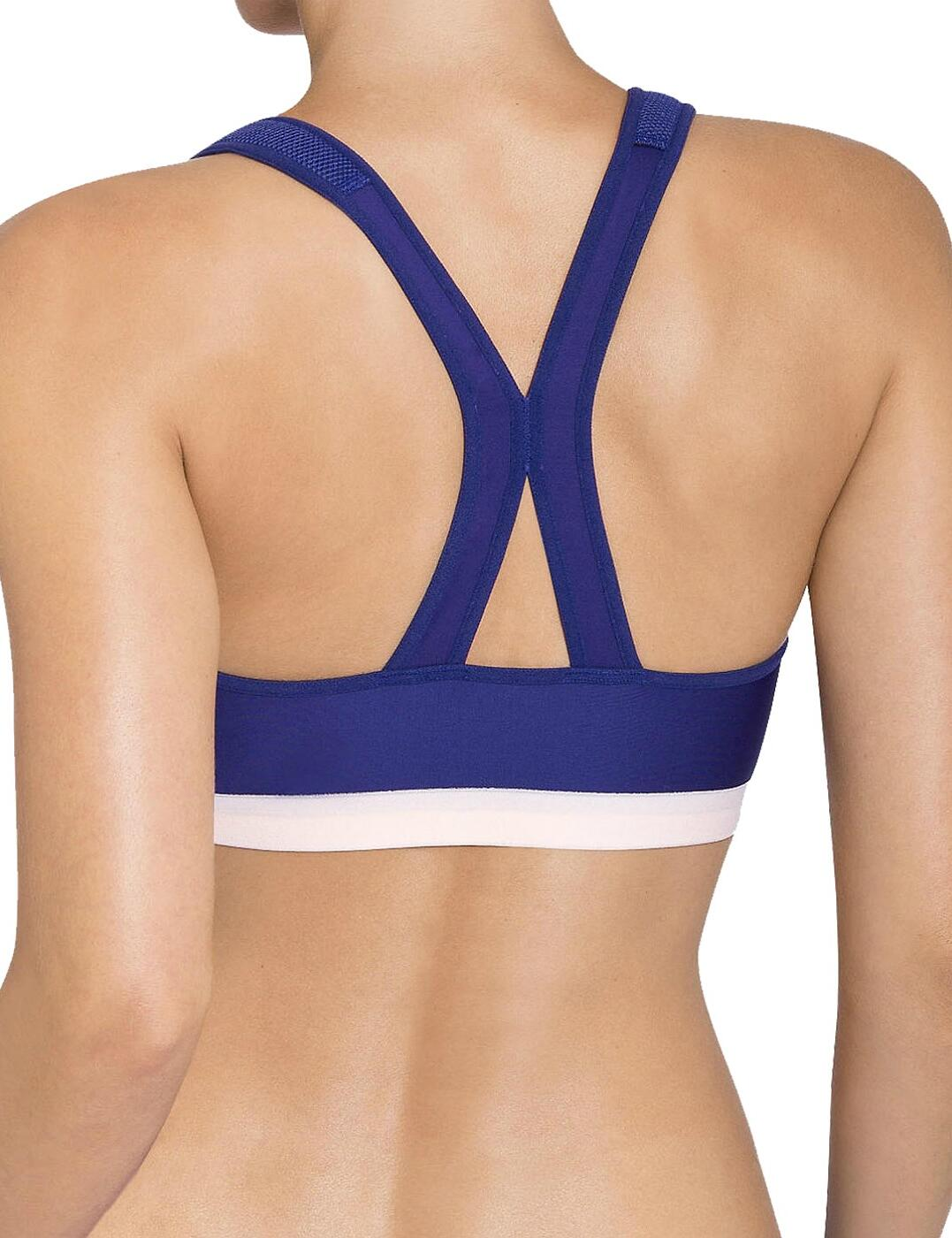 b99085a0019 Triumph Triaction Control Boost F 10158891 Zip Soft Cup Gym Fitness Sports  Bra 36 C. About this product. Picture 1 of 3; Picture 2 of 3; Picture 3 of 3